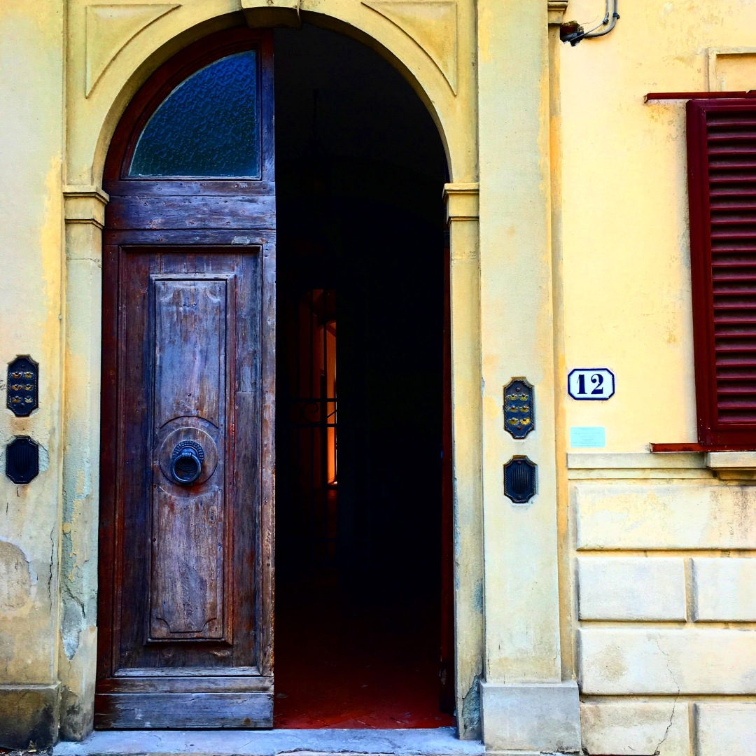 A Tuscan Door 1