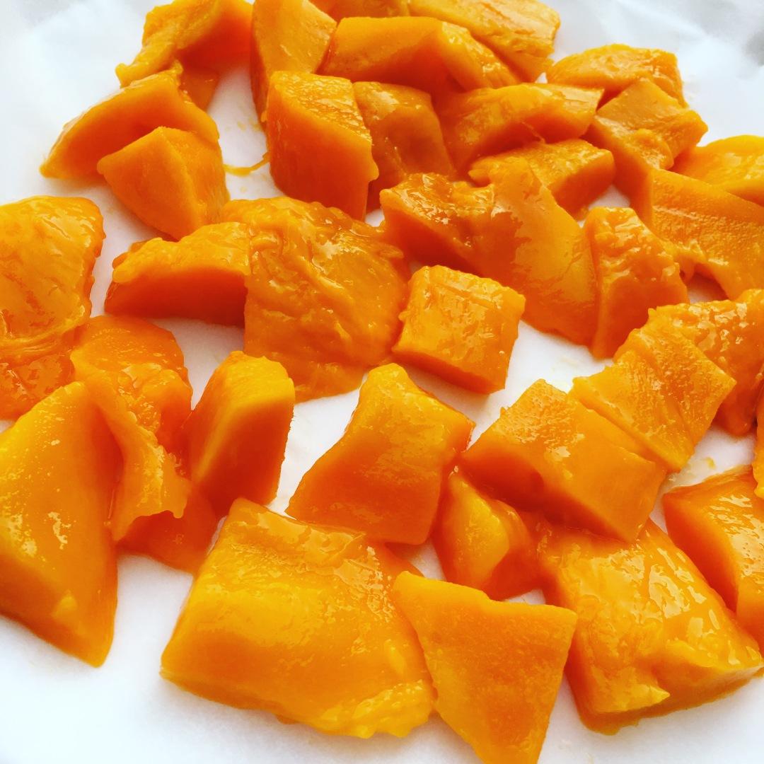 frozen-mango-chunks