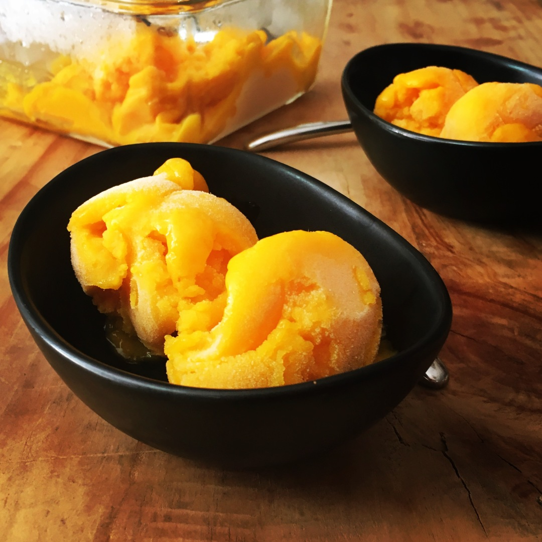 mango-sorbet-in-a-bowl