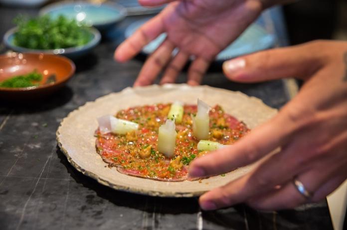 beef-tataki-plating