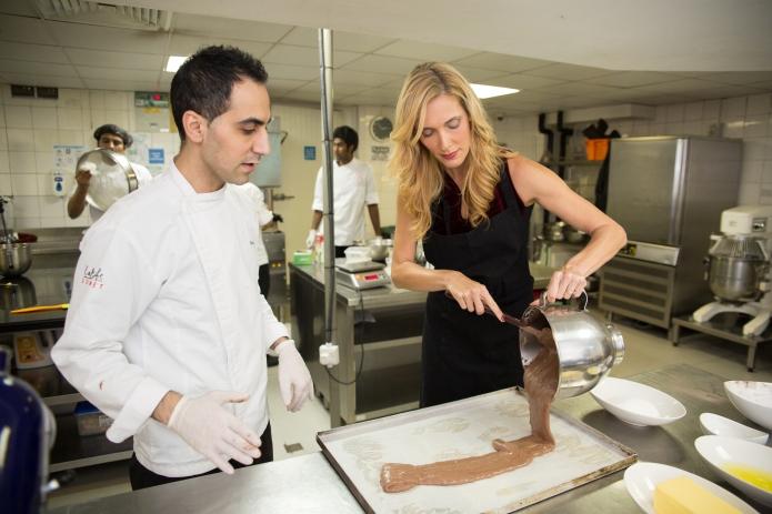 11-galleries-lafayette-buche-de-noel-chocolate-sponge-cake