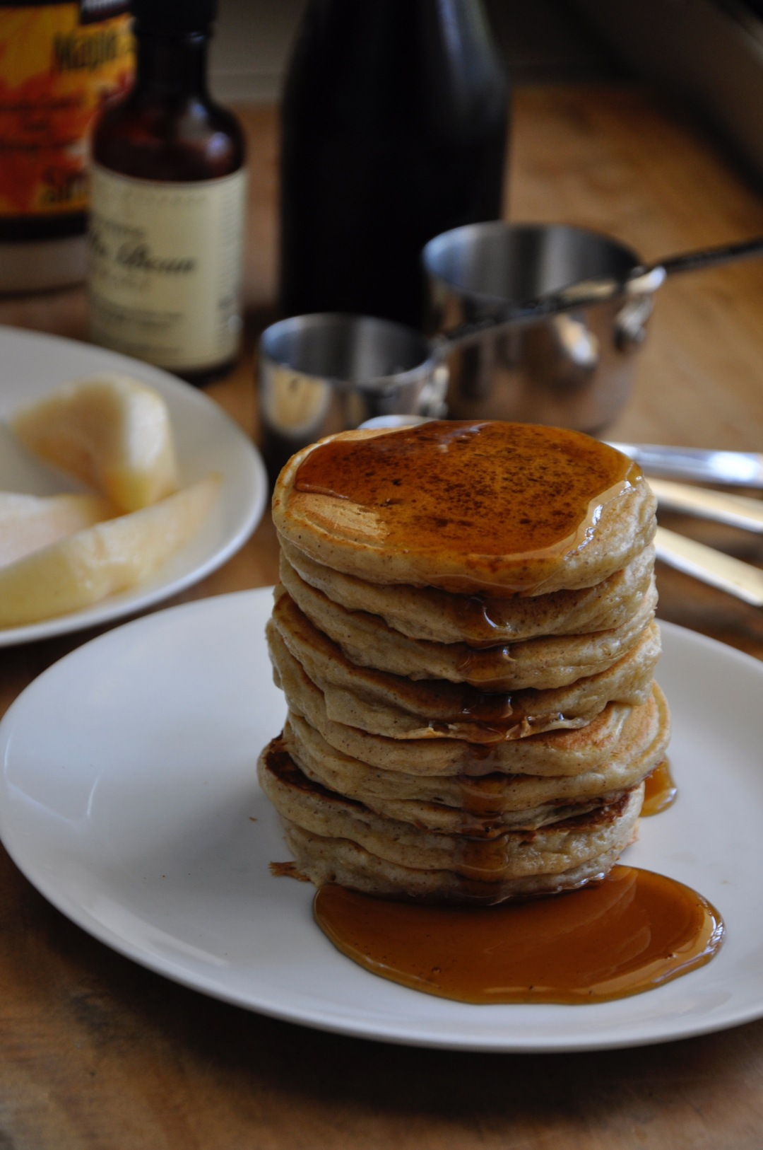 maple-syrup-dripping-over-pancakes