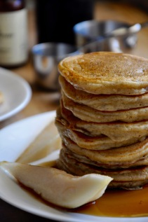 pancakes-maple-syrup-and-fruit