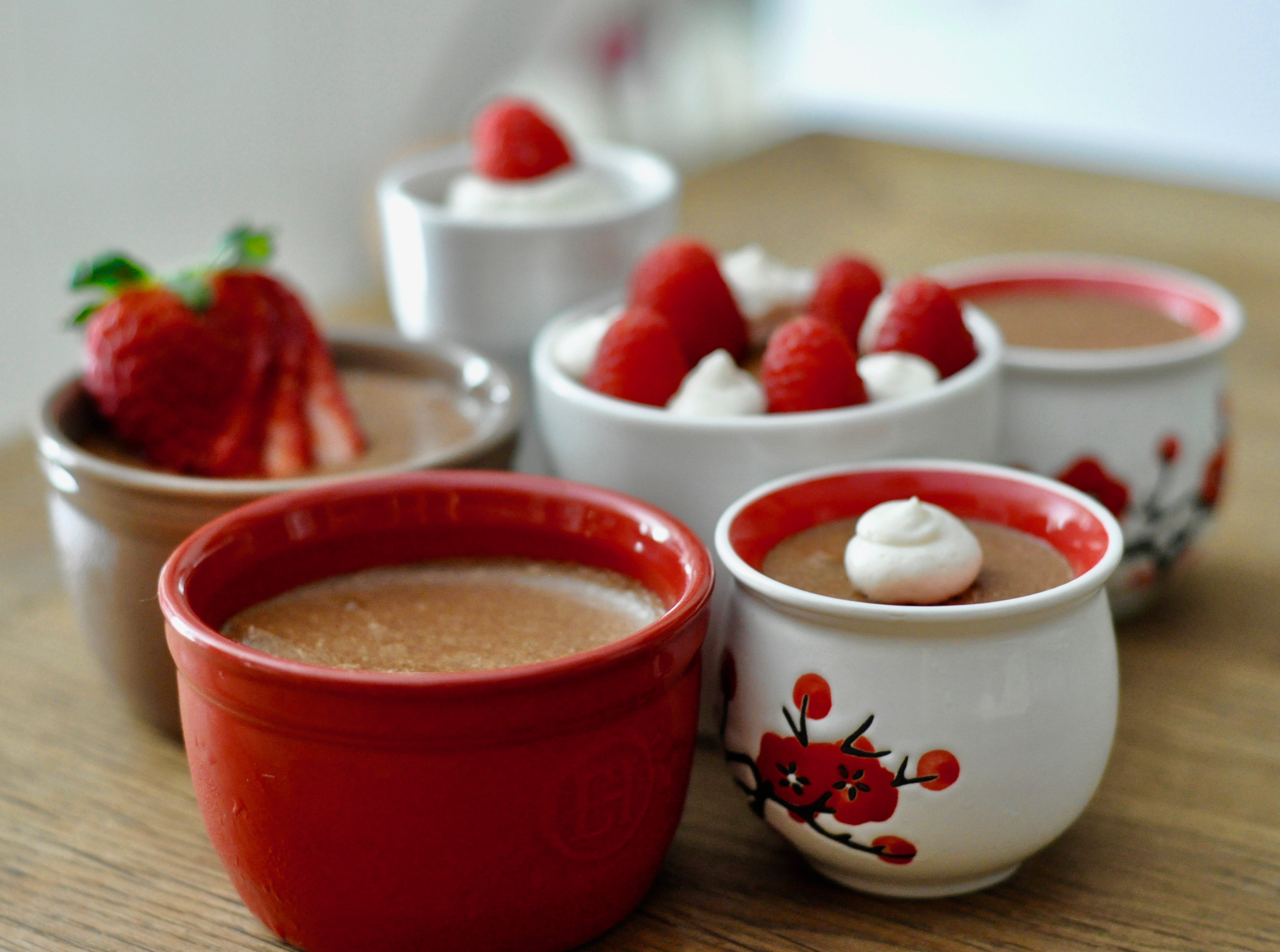chocolate-mousse-pots-with-fruit