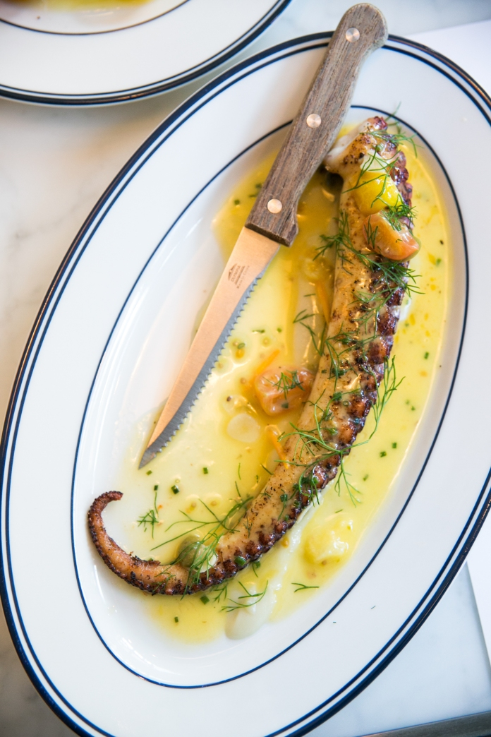 octopus-at-the-maine-oyster-bar-and-grill-dubai