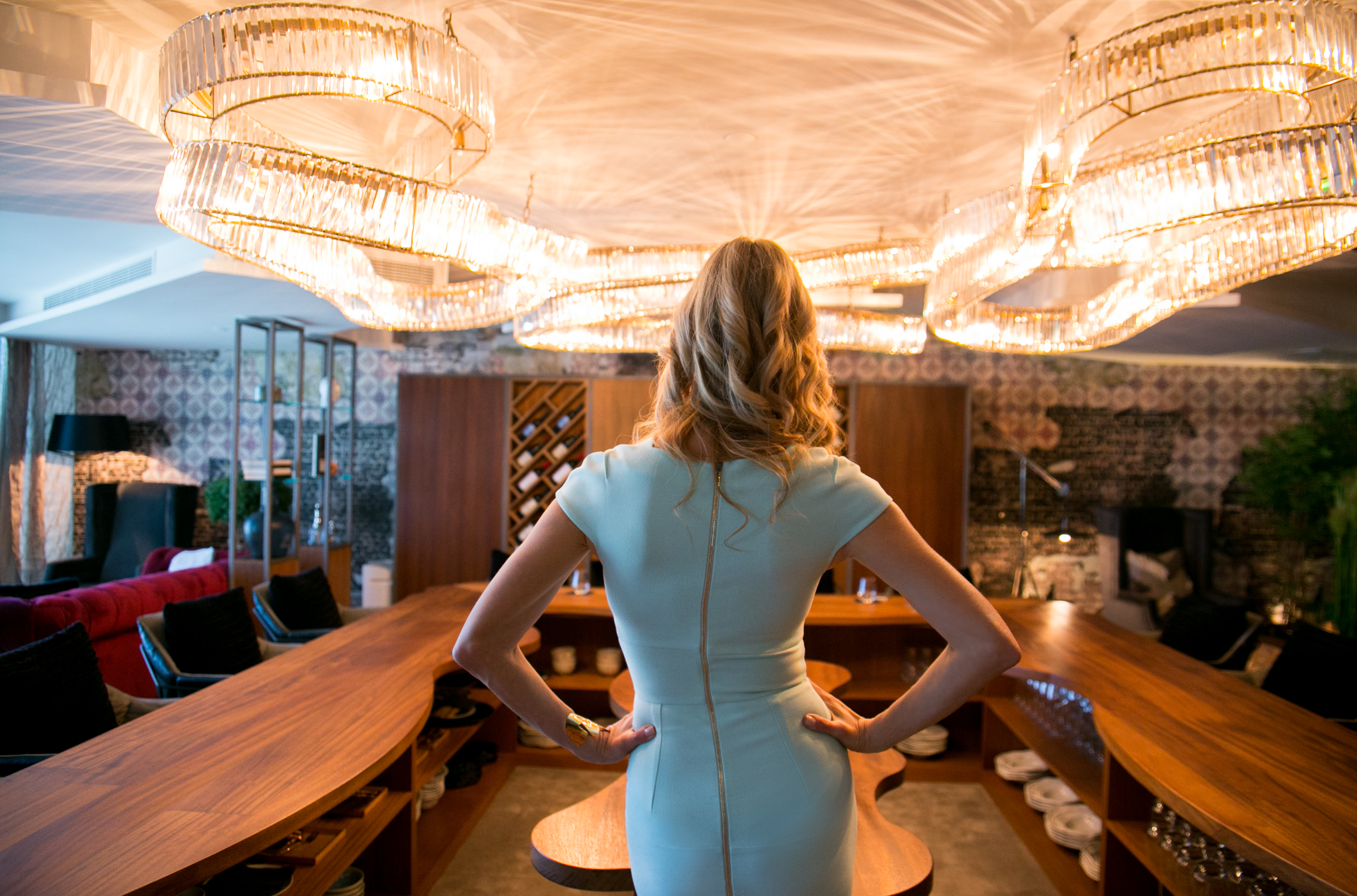 The experience roland mouret full restaurant