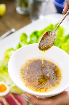 honey dijon vinaigrette 3