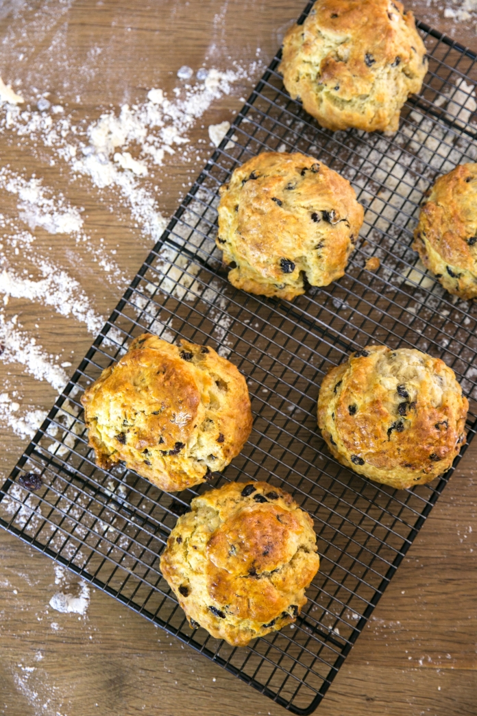currant scones on cooling rack
