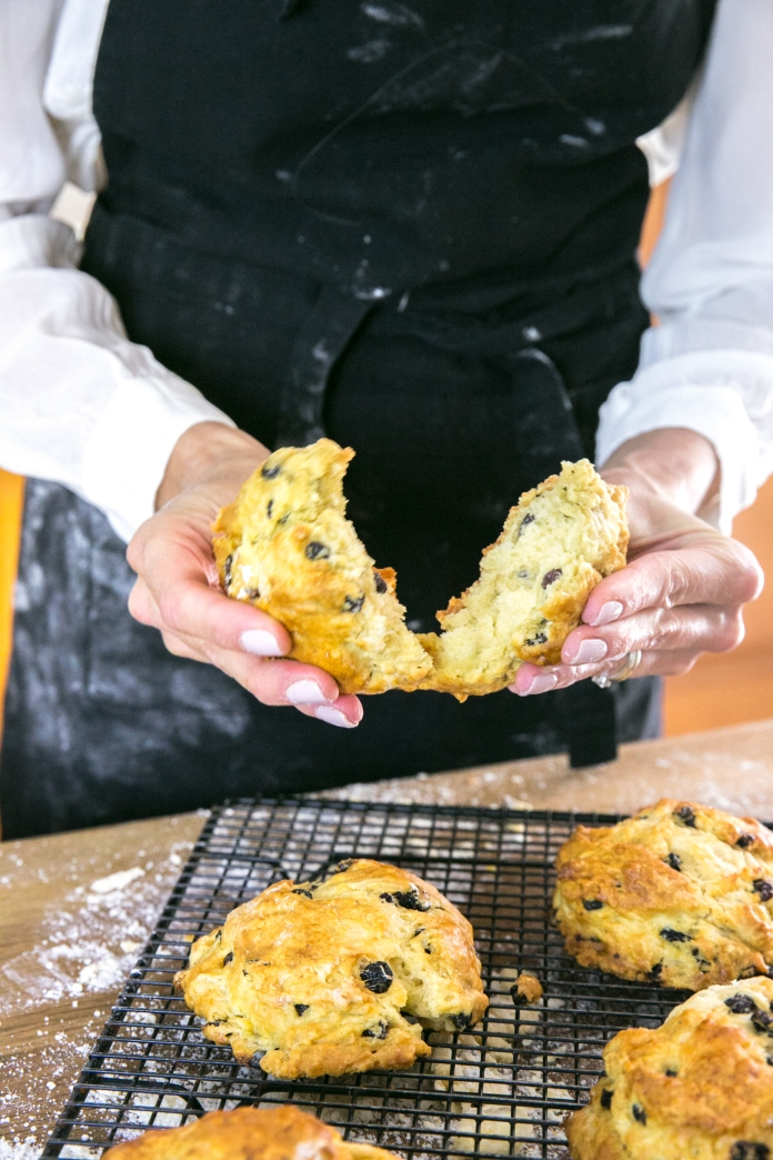 hot scones ready to eat