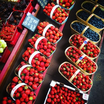 Berries at the Atwater Market 2